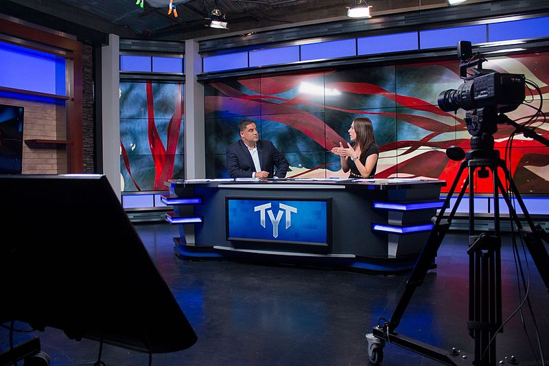 800px-ana_kasparian_and_cenk_uygur_hosting_the_young_turks_26942061744